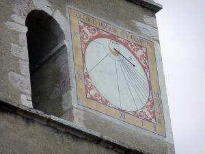 Guillestre - Sundial of the bell tower of the Assomption church (Notre-Dame-d'Aquilon church)