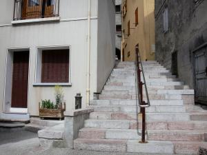 Guillestre - Stair lined with houses