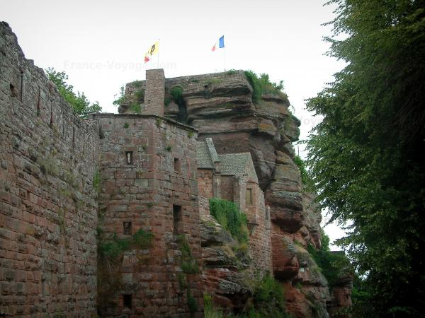 Haut-Barr castle - Outside view of the fortress