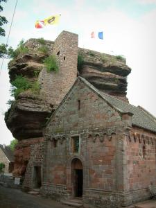 Haut-Barr castle - Romanesque chapel and big rock with flags