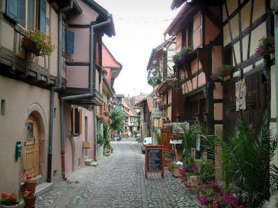 Guide du haut rhin tourisme vacances week end - Office du tourisme eguisheim ...