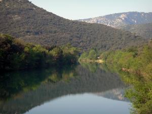 Hérault valley - Hérault river, trees along the water, hills