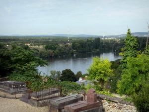Herblay - View of the Seine valley (River Seine bordered by trees) from the cemetery of Herblay