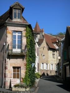 Hérisson - Facades of houses in the medieval village