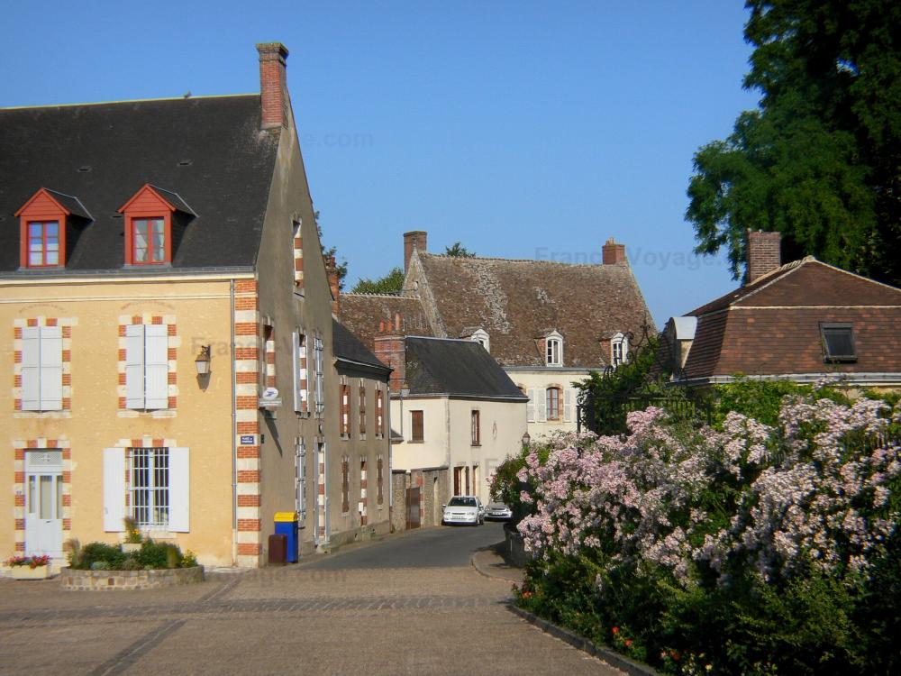 Foto 39 s het kasteel van montmirail gids toerisme recreatie - Gevels van hedendaagse huizen ...