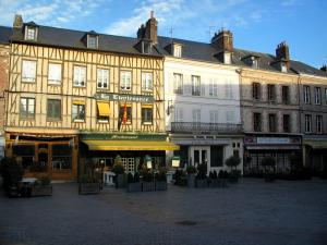 Honfleur - Sainte-Catherine square with its houses and restaurants