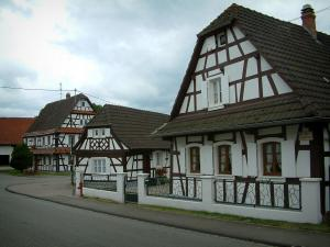 Hunspach - White half-timbered houses