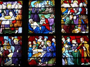 Iffs church - Inside of the church: stained glass windows (windows)