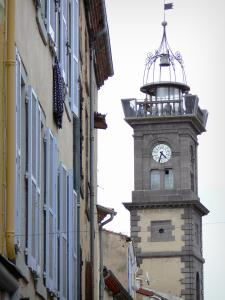 Issoire - Clock Tower (former belfry) and facades of the old town