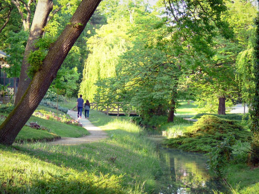 Photos jardin du pr catelan 4 images de qualit en for Definition de jardin