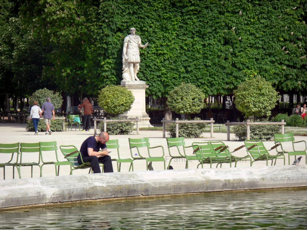 Photos le jardin des tuileries guide tourisme vacances for Au jardin des tuileries