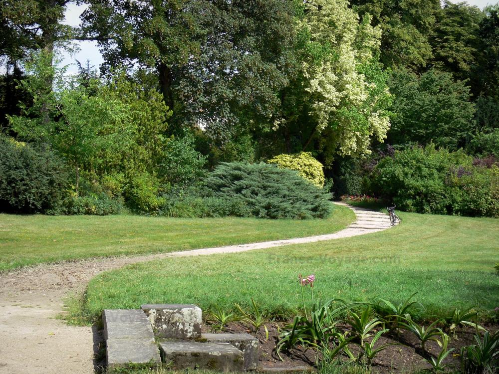 Fotos jardines del castillo de fontainebleau 22 for Arbustos enanos para jardin