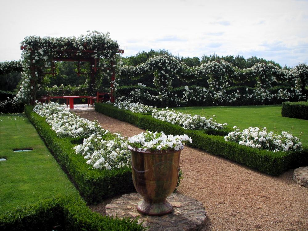 Photos les jardins du manoir d 39 eyrignac guide tourisme for Cancion jardin de rosas