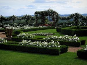 Jardins du manoir d 39 eyrignac 15 images de qualit en for Definition de jardin