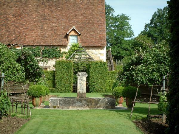 Jardins du prieur notre dame d 39 orsan 16 images de for Definition du jardin