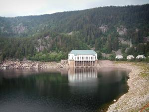 Lac Noir (Black lake) - In a glacial cirque, the lake, buildings, trees (forest) and cliffs