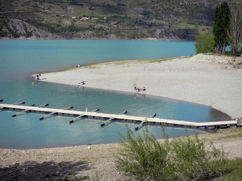 Photos le lac de serre pon on guide tourisme vacances - Savines le lac office de tourisme ...