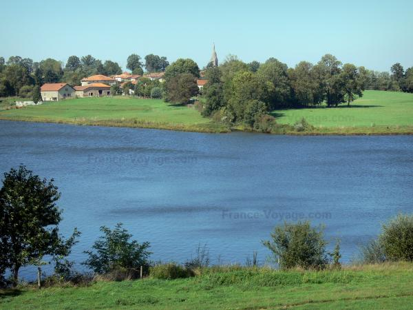 Lakes of Upper Charente - Mas Chaban lake, shores, prairies, trees and houses