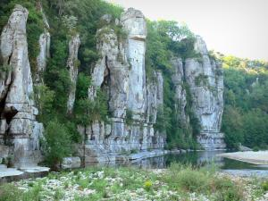 Landscapes of the Ardèche - La Baume gorges: River Baume and limestone cliffs along the water