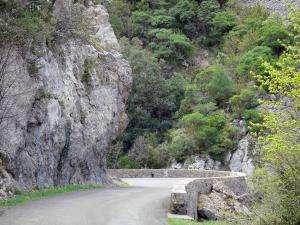 Landscapes of the Aude - Road of the Galamus gorges