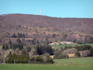 Landscapes of the Aude - Black mountain: view of the Nore peak and television transmitter