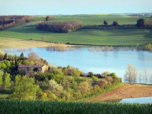 Landscapes of the Aude - Ganguise lake or Estrade reservoir, in a green setting