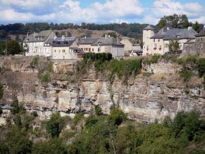 Landscapes of Aveyron - Bozouls hole (Bozouls canyon): village houses and cliffs of the natural cirque