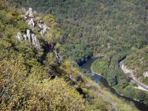 Landscapes of Aveyron - Verdant Lot gorges