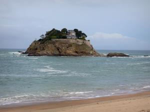 Landscapes of the Brittany coast - Emerald Coast: Guesclin island, sea and sandy beach
