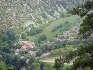 Landscapes of the Gard - View of the village of Navacelles, in the heart of the Navacelles cirque