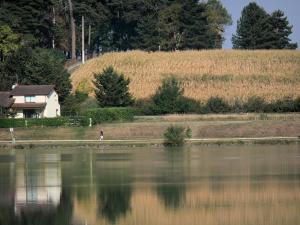 Landscapes of the Gascony - L'Isle-Jourdain lake