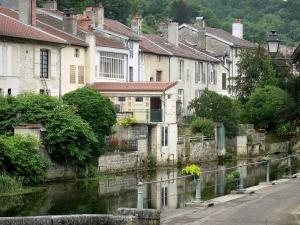 Landscapes of the Haute-Marne - Peceaux dock, Marne reach (Moulin canal pound) and houses in the old town of Joinville