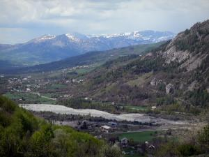 Landscapes of the Hautes-Alpes - River, houses, trees, prairies and mountains