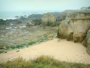 Landscapes of the Loire-Atlantique coast - Wild coast (côte sauvage): grassland, creek, cliffs and the sea (Atlantic Ocean)