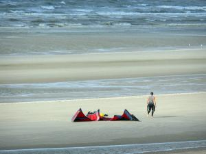 Landscapes of the Nord - Opal Coast: kitesurfers, sandy beach and the North Sea