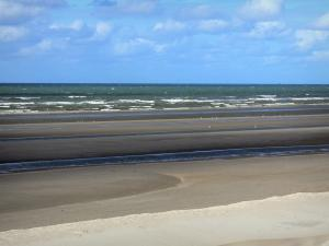 Landscapes of the Nord - Opal Coast: beach and the North Sea