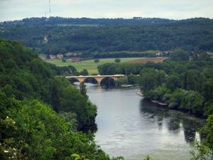 Landscapes of Périgord - Confluence of the Dordogne and the Vézère rivers, in Limeuil