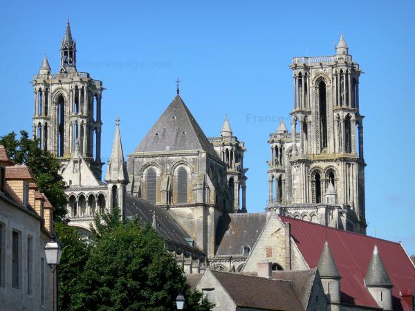 Laon - Towers of the Notre-Dame cathedral and former Bishop's Palace (courthouse)