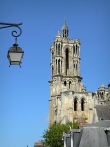Laon - Towers of the Notre-Dame cathedral, and wall lantern