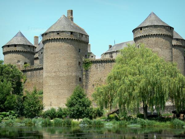 Lassay-les-Châteaux - Tourism, holidays & weekends guide in the Mayenne