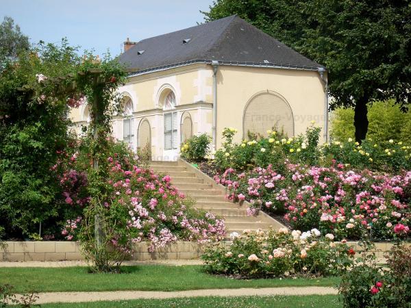 Laval 53 images de qualit en haute d finition for Entretien jardin laval 53