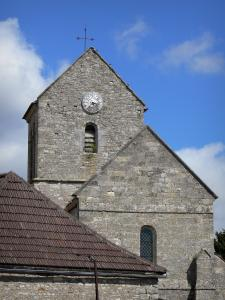 Lhéry church - Church and its bell tower