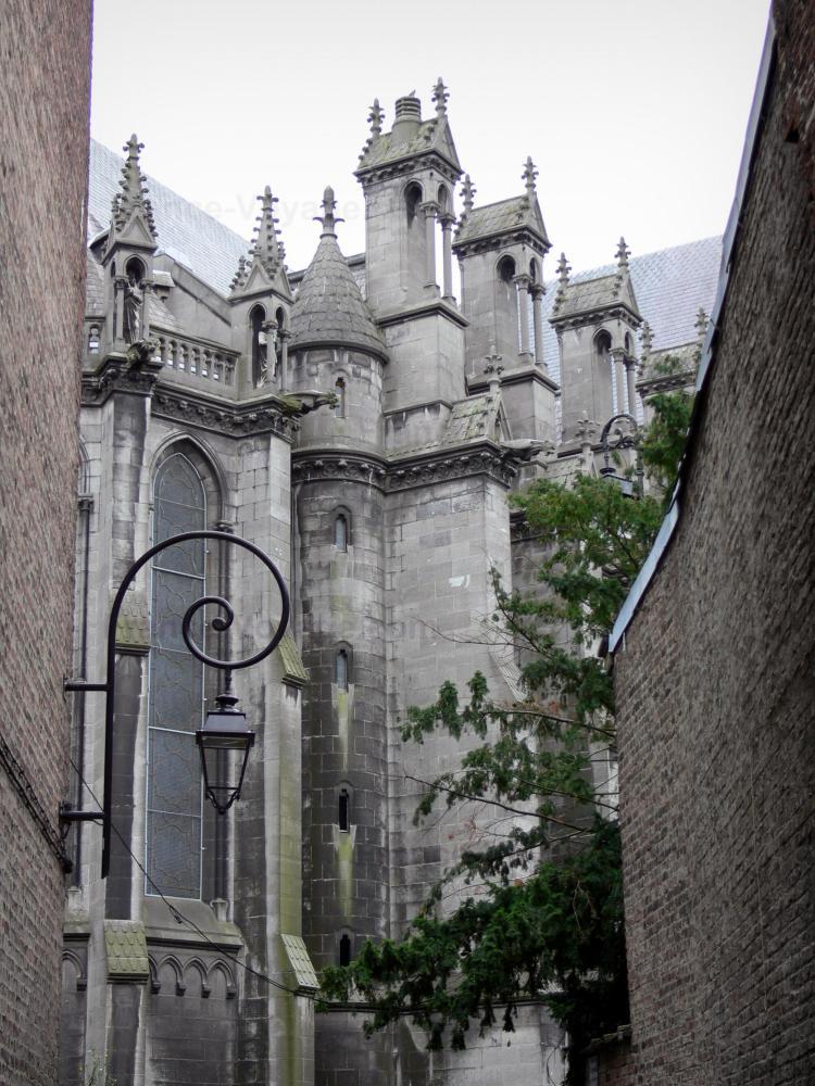 Photos lille guide tourisme vacances - Eglise notre dame de la treille lille ...