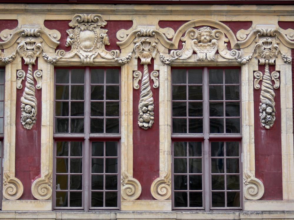 Foto 39 s lille 52 afbeeldingen met hoge resolutie - Oude huis gevel ...