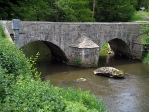 Limousin landscapes - Bridge spanning a river