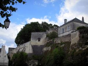 Loches - Ramparts and clouds in the blue sky