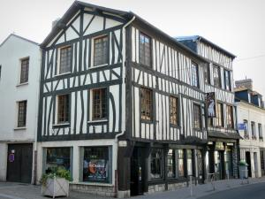 Louviers - Facades of half-timbered houses