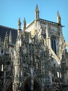 Louviers - Notre-Dame church: porch of the southern facade of Flamboyant Gothic style