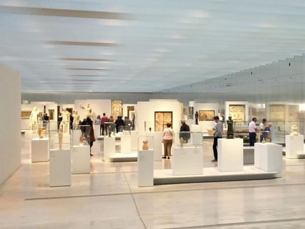 The Louvre Museum in Lens - Tourism, holidays & weekends guide in the Pas-de-Calais