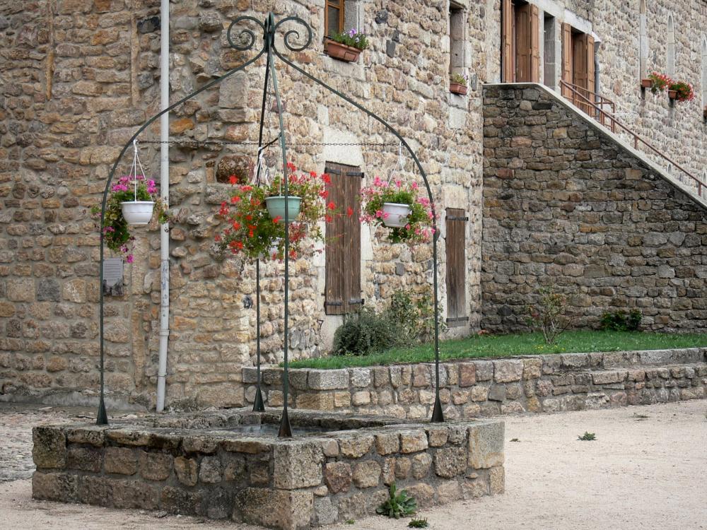 Le Malzieu Ville Village Fleuri
